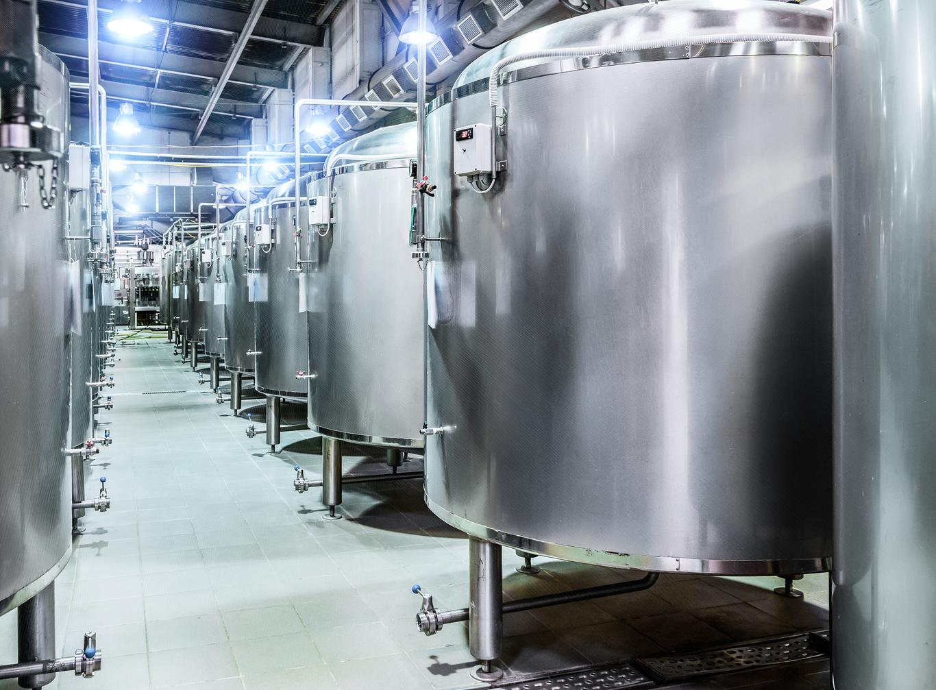 Factory with stainless steel Brewery tours